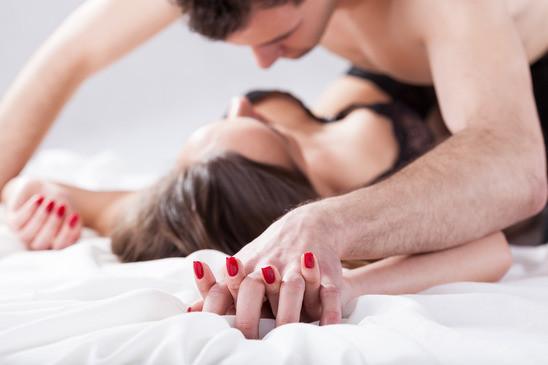 MILF Sexkontakte: Heute noch eine MILF ficken